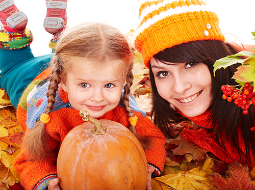 thanksgiving_traditions_xl_15946682.jpg